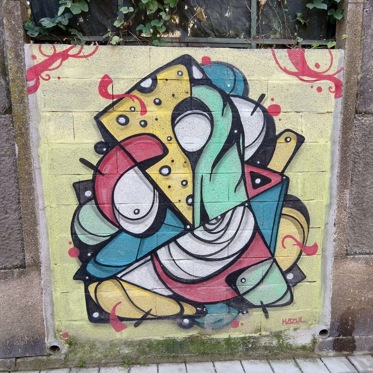 Hazul Street Art Porto