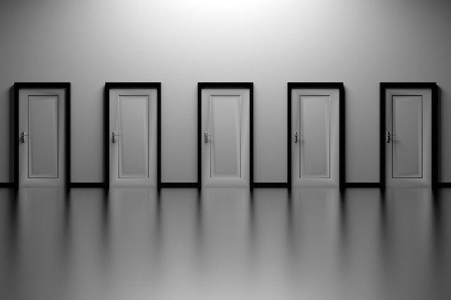 Alex Socha Doors Pixabay
